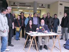 Representants de les entitats durant l'acte públic
