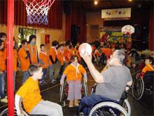 Els participants van comprovar les dificultats amb què es troben les persones amb discapacitats